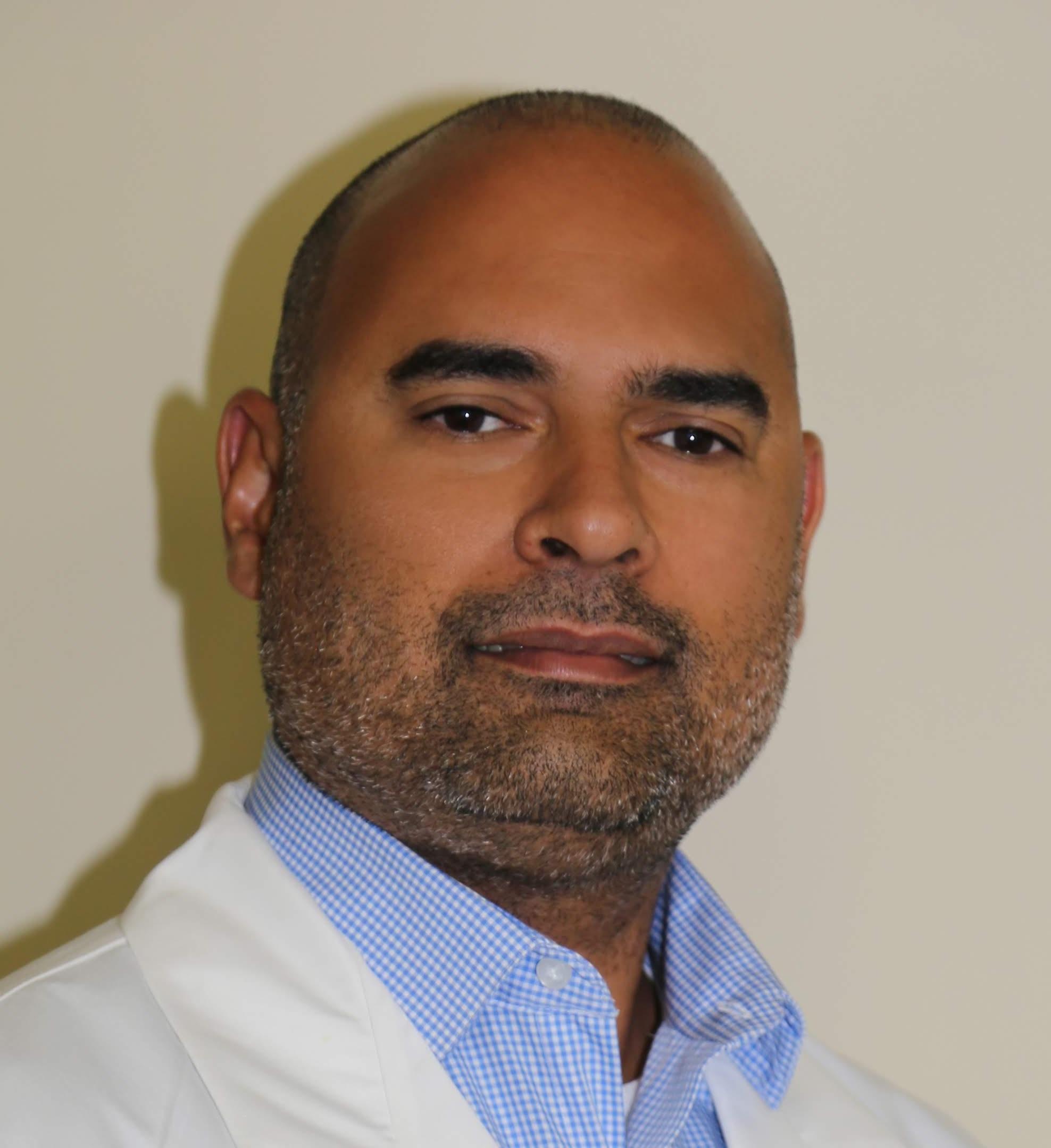 Zael Vazquez, M.D.
